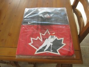 chandail de hockey officiel d equipe canada neuf