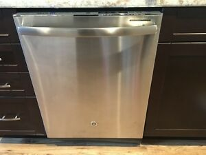 brand new dishwasher MINT