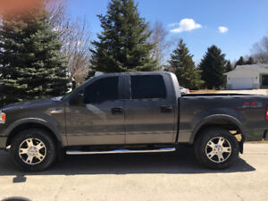 MUST SEE  2007 Ford F-150 FX4 Crew cab