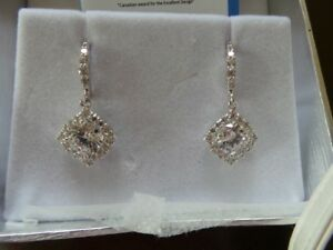 CRYSTAL EARRINGS(UNUSED)