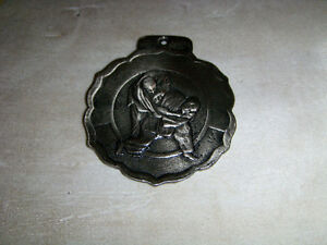 LARGE METAL MARTIAL ARTS MEDALLION-GRAY COLOR-JUDO-KARATE