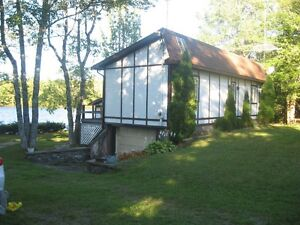 Waterfront home, Mill Lake, Upper Musquodoboit, 1 hr. to City