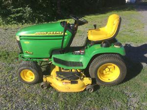 John Deere G235 Garden Tractor