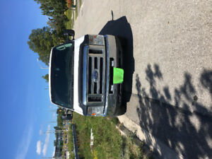 2009 Ford E-350 Extended