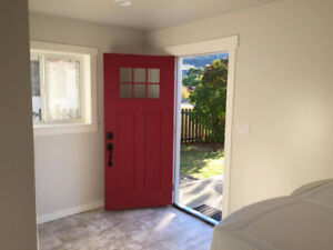 Available January 15th, 2018 – 1 Bedroom, 1 Den