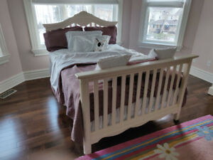 LIKE NEW CRIB/DOUBLE BED SET !!! PERFECT CONDITION !!! C