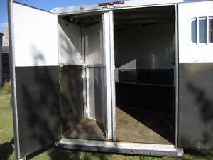 EXISS Aluminum Gooseneck Two Horse Angle Load Trailer Regina Regina Area image 10