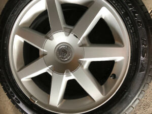 Cadillac Rims and tires 2005 great shape