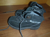GIRLS FALL/SPRING BOOT/JUST LIKE NEW