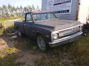 Ultra rare 1969 CST-10 pickup truck