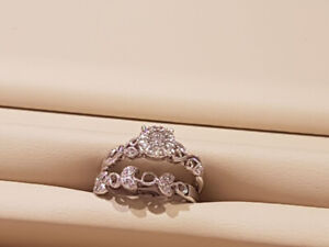 Engagement Ring & Wedding Band with Lifetime Warranty