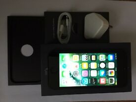 iPhone 5(16gb EE network)brand new condition