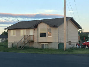 For rent in Aldersyde, by high river and Okotoks