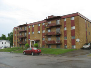 1 bedroom apartment-Security Building-Quiet