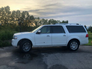 2012 Fully Loaded Lincoln Navigator L