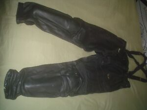 AXO LEATHER PANTS SPORT BIKE WITH INSERTS LIKE NEW MENS 38-40