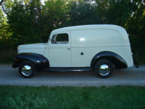 1940 ......... Ford  Panel Truck