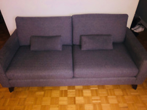 Urban barn miller sofa, sting grey 79x37x25 excellent condition