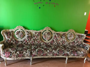 Victoria style antique  sofa , three pieces for sell