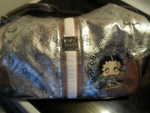 an other beautiful betty boop purse $25