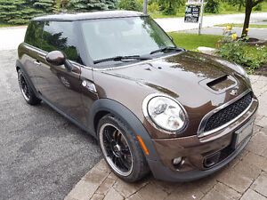 2011 MINI Cooper S Coupe (2 door)