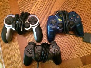 Selling PS2 console & games / Selling PS1 rare games and books Cambridge Kitchener Area image 3