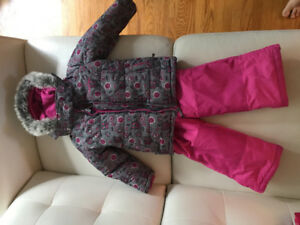 OSHKOSH 2T Snow Suit