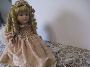 Porcelin Angel Doll - electric