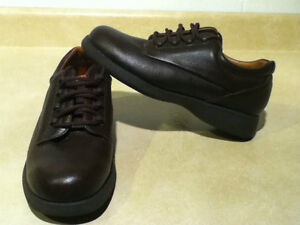 FootThrills Leather Shoes Size 7