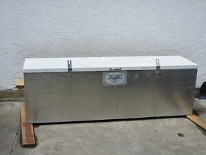Aluminum Dock Box