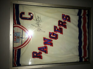 Signed Mark Messier 94 Playoff Jersey