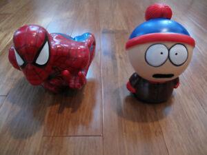 Tirelires de Spider-man et de Stan dans South park. 10$ ch.