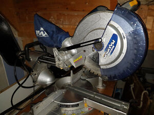 Maximum Sliding Compound Laser Mitre Saw - 12 inch blade Cambridge Kitchener Area image 2