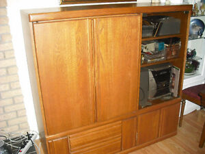 LARGE WOODEN TV STAND
