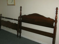 ANTIQUE 3/4 SOLID CHERRY BED