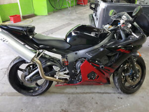Yamaha R 6 Special Edition Raven,$2.499 or Best Offer
