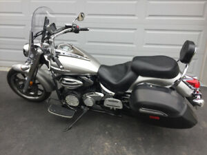 2009 Yamaha Vstar 950, super clean, never dropped