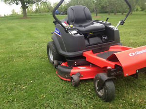 2014) Professional Series Zero Turn less than a 100 hrs Like New