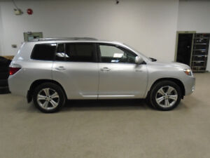2010 TOYOTA HIGHLANDER SPORT V6! 1 OWNER! 7 PASS! ONLY $16,900!