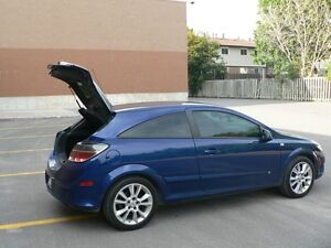 2009 Saturn Astra XR Coupe (2 door)