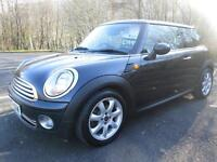 07/57 MINI ONE 1.4 AUTOMATIC 3DR HATCH IN BLACK WITH MAIN DEALER SERVICE HISTORY