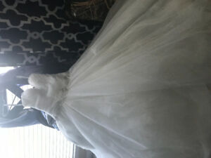 Wedding dress for sale 1250$