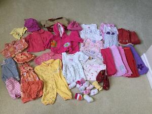 Lot de vêtement fille de 3 mois à 9 mois