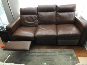 NATUZZI LEATHER COUCH AND LOVESEAT