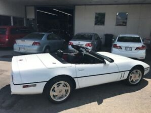 89 Corvette Convertible 6 Speed (Very Rare)