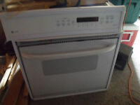 """27"""" Built -in Oven Ge Profile Convection."""
