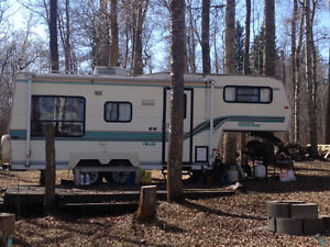Travelaire Trailer 5th Wheel for sale