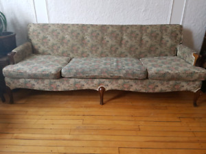 Vintage sofa - divan 3 places