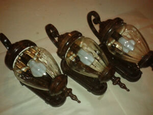 19-in Antique Brown Outdoor Light Fixtures Set - 3 e.a.