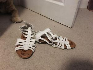 Girls/Woman's shoes